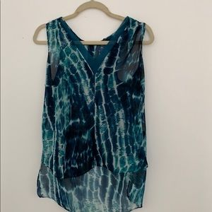 Oliviaceous Flowy Tank